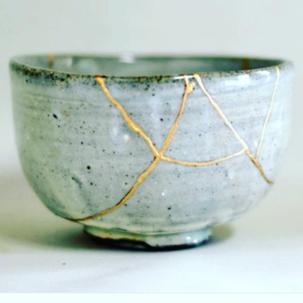 Gold filled pot